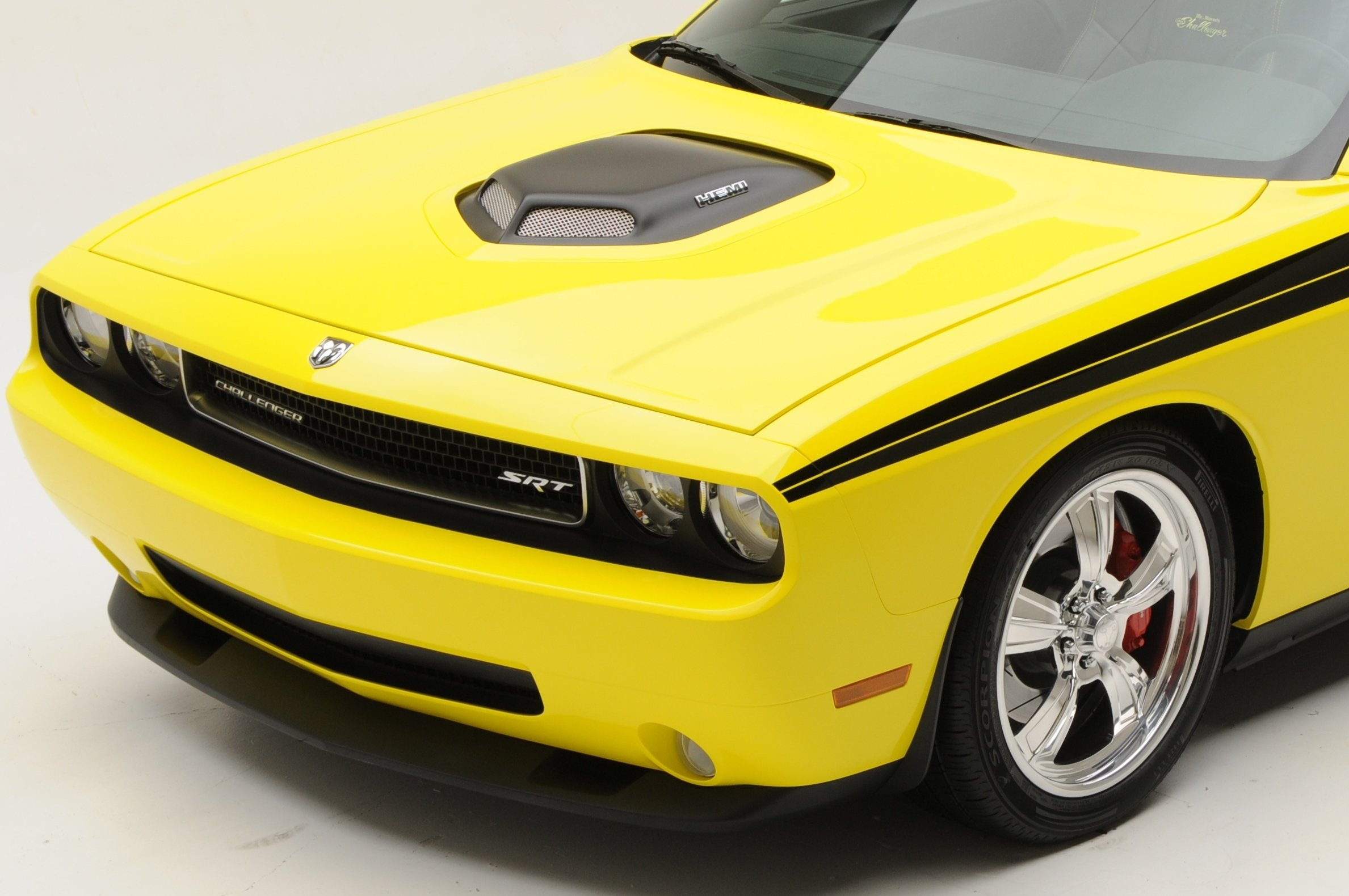 2014 dodge challenger with shaker hood for autos post. Black Bedroom Furniture Sets. Home Design Ideas
